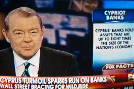 Cyprus banks steal - people panic