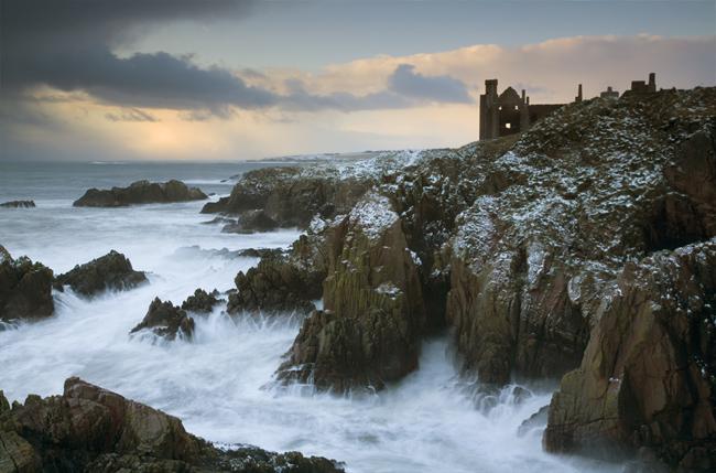 NE Scotland rock coast, ruins